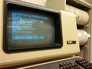 Adventure igjen, denne gangen spilt på en PDP-11/34 og vist på en VT100-konsoll. Bilde: Autopilot, Creative Commons.