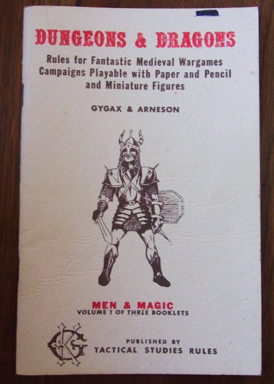 Det originale Dungeons & Dragons-spillet kom i 1974 (bilde: costumingfaire, eBay)
