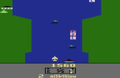 River Raid på Atari 2600.
