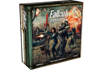 Her er boksen til krigsspillet Wasteland Warfare.